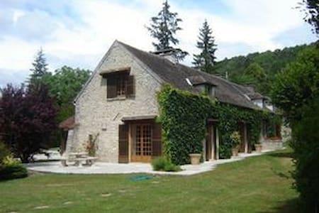 Maison de campagne à 45 minutes de Paris - Buno-Bonnevaux - Apartemen