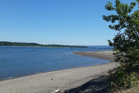 Pitch Your Tent-Sauvie Island - Portland