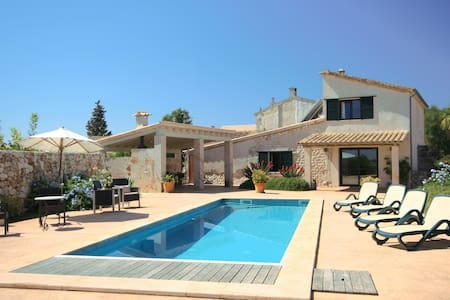 Casa Es Sostre. Nearby coast. - Villa