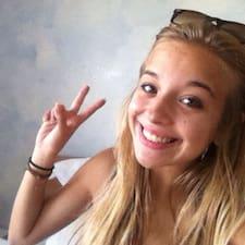 Raphaëlle1