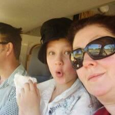 Tom, Jennifer And Ella Mae
