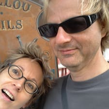Isabelle & Darren