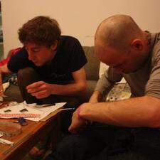 Yehuda & Alecz
