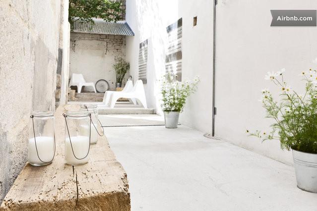 mini loft un coin en ville niort. Black Bedroom Furniture Sets. Home Design Ideas