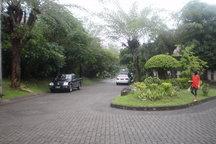 Rumah Villa di Surabaya, Indonesia
