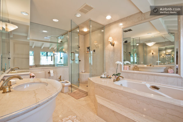 Big mansion bathroom for 5 star bathroom designs