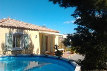Jolie maison piscine et jardin clos