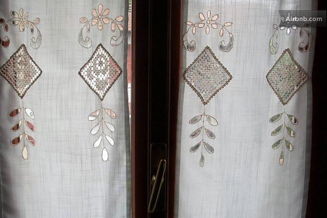 Dettaglio della stanza da letto lace curtains in master for Planimetrie addizionali della master suite