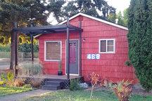 B Street Garden Cottage