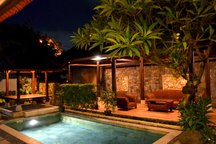 Private Room in Sanur Villa + Pool