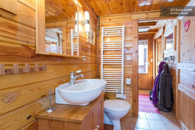 Emejing salle de bain chalet savoyard contemporary for Jonc de mer pour salle de bain