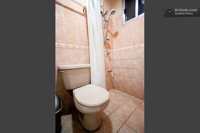 2 Bedroom/ 2 Toilet & Bath..ALL IN! in Manila