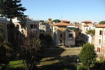 Spacious historic apt in Garbatella