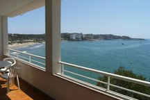Sea Front Apartment x6 with Terrace