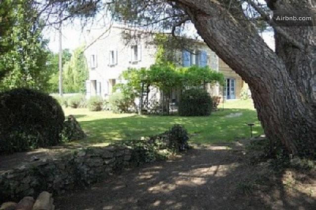 Locations saisonni res et locations de courte dur e coyeux airbnb - La maison de la poule ...