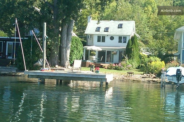 Gorgeous Lake House in Ithaca, NY in Ithaca